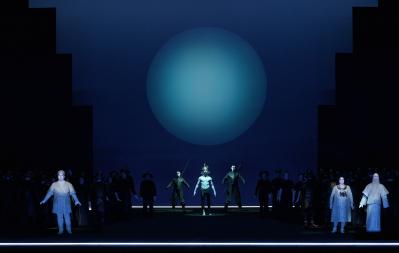 Показ оперы «Травиата», «Турандот», «Галантные Индии»